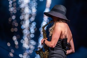 Saxophonistin Traditionelle Nacht 2019 Open Air