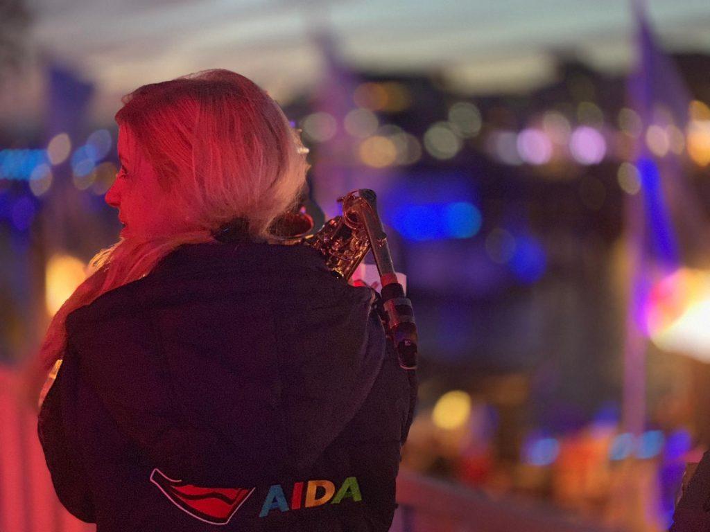 Anne La Sastra Aida Saxophonistin