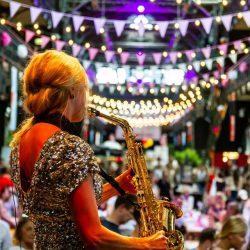 Saxophonistin Anne