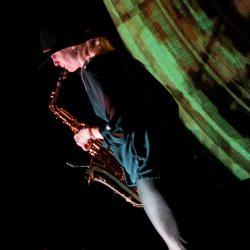 Saxophonistin-Garage-Lueneburg